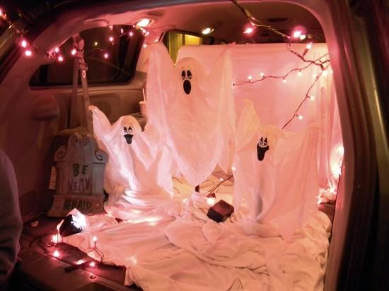 Halloween-2011-074-550x412.jpg